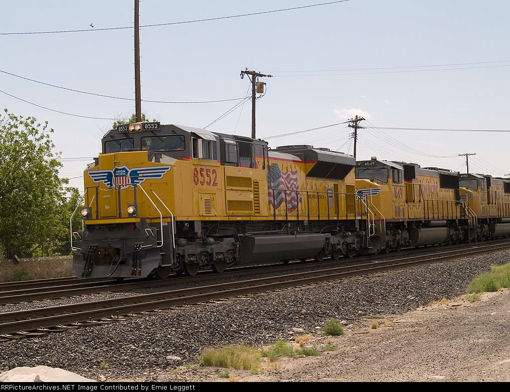 UP 8552 leads MFWWC WB at 10:40am