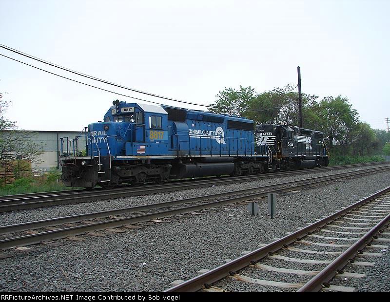 CSX 8817 & NS 5225