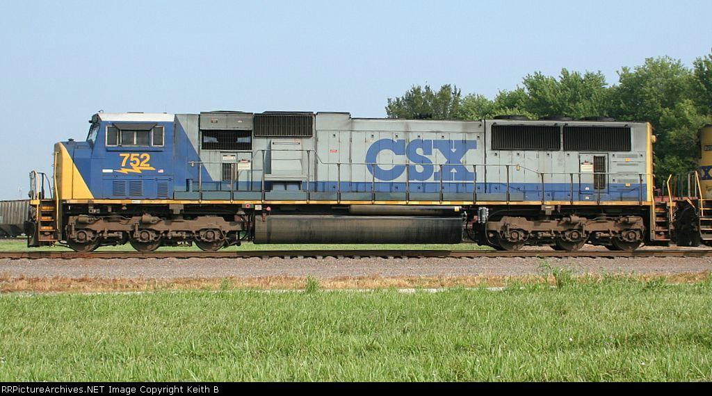 CSX 752