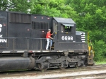 This engineer boards to move NS 6698 & CEFX 3161 onto another track