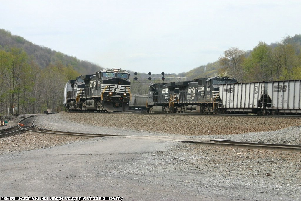 NS 9870 thunders up track 1
