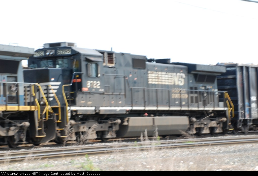 NS 8782