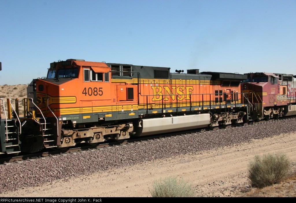 BNSF 4085