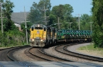 """UP 3052 Drags Eastbound Manifest (Probably MDMPR) Through """"Dead Man's Curve"""" with John Deere Tractors from Waterloo, Iowa"""