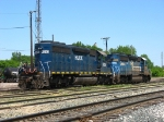 HLCX 6253 & CSX 8800 backing into the yard