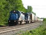 CSX 8800 & HLCX 6253 getting moving with Q200-17
