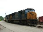 CSX 4785 & 5300 waiting to go west with a K911 empty stone train