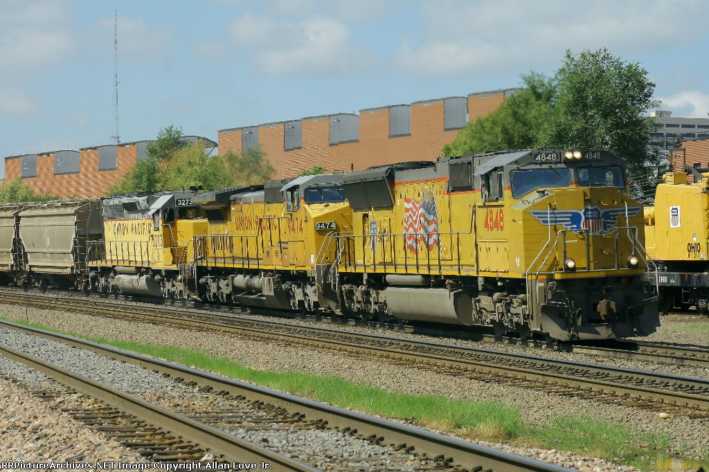 UP 4848 east