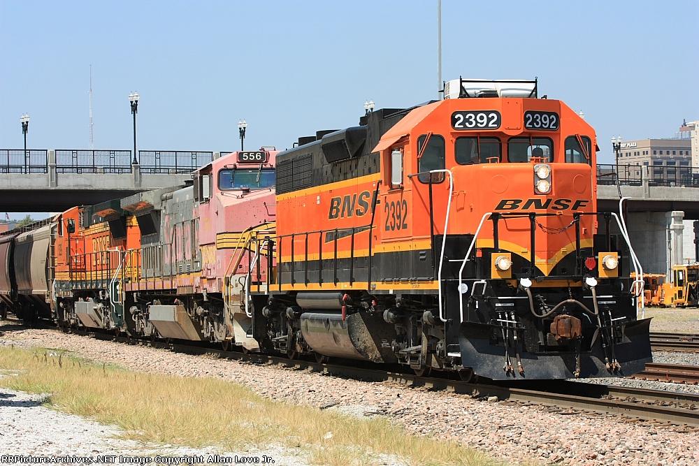 BNSF 2392