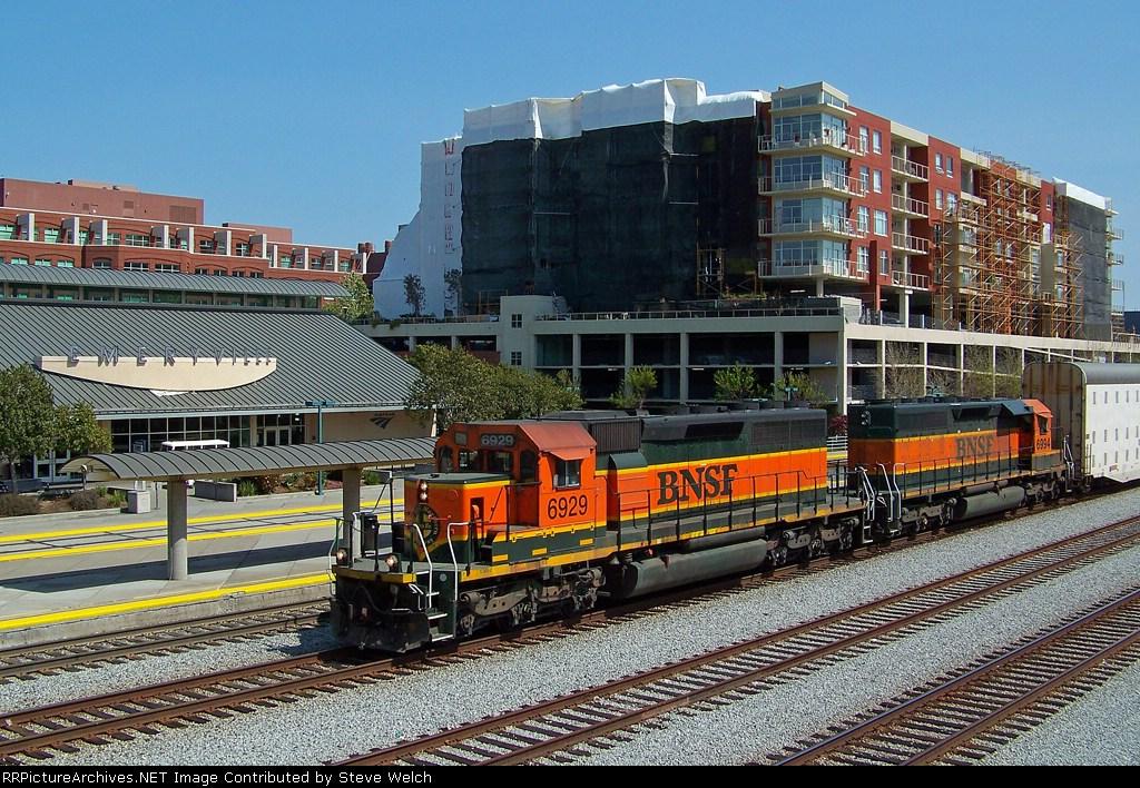 BNSF 6929 East