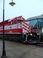 WSOR 4011 passing the depot