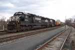 Twin SD60's head south with a High and Wide