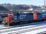 Two Classic Grand Trunk Geeps Work the CN/IC Yard