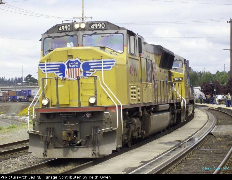 UP 4990