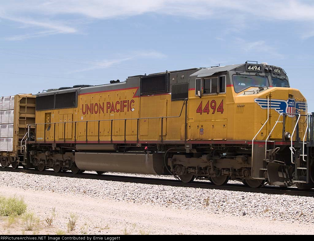 UP 4494 #5 power in an EB manifest at 12:32pm