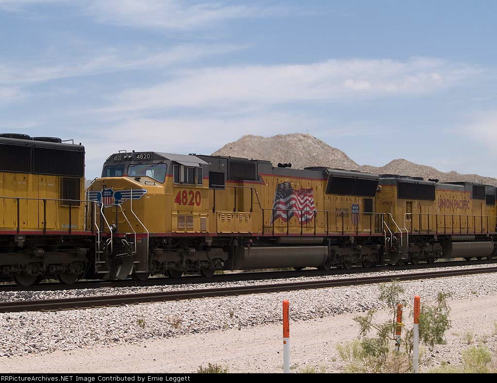 UP 4820 #3 power in a WB doublestack at 1:18pm
