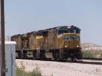UP 4662 leads an EB intermodal at 12:44pm
