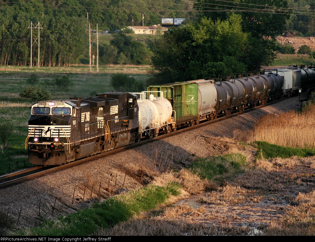 NS 9808