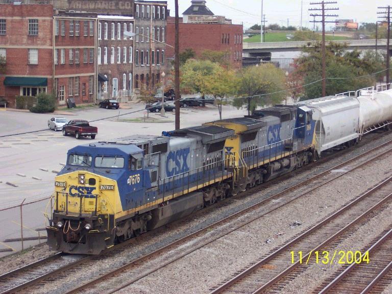 CSX Train 577 heads south