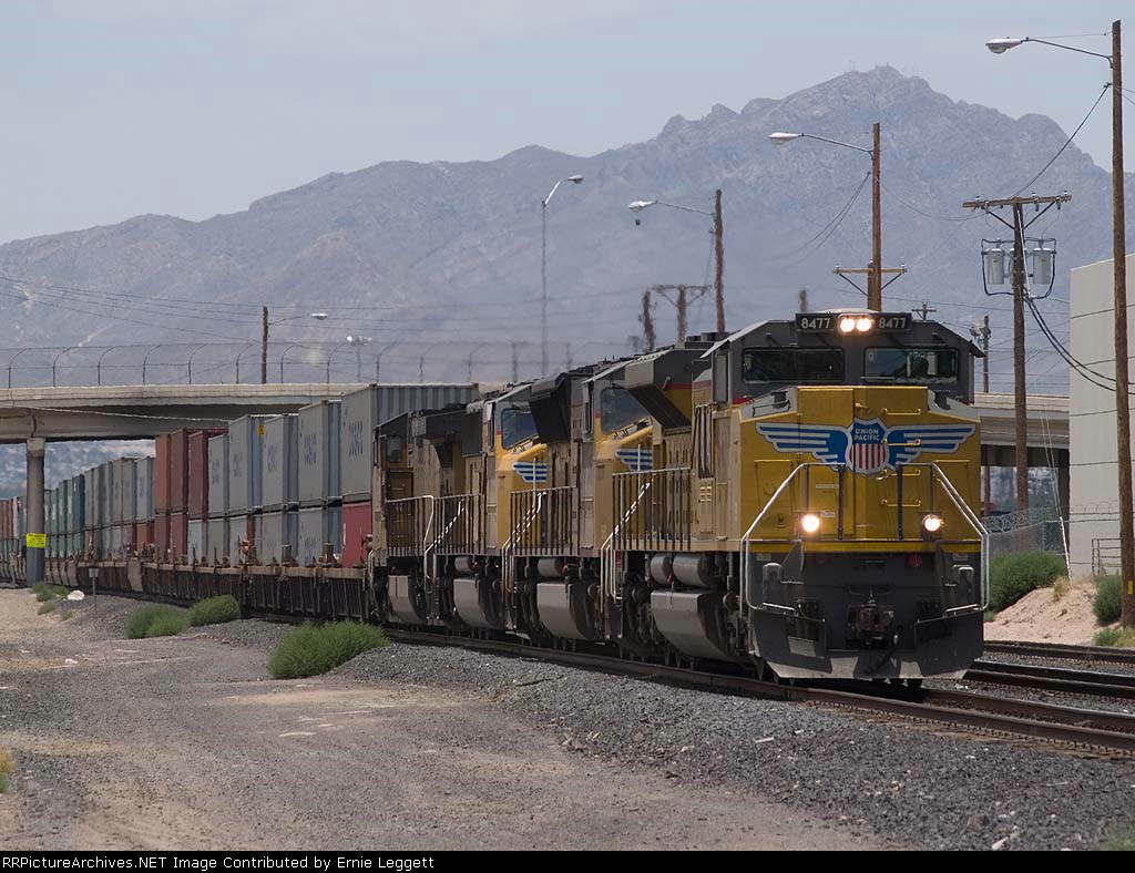 UP 8477 leads an EB intermodal at 1:13pm