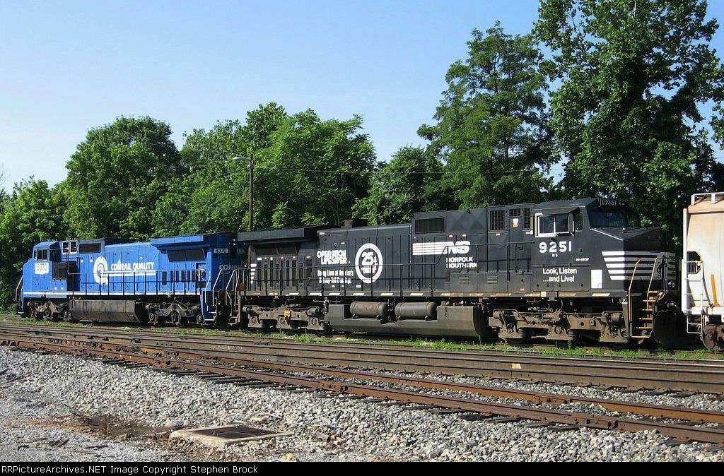 NS 9251 & 8370