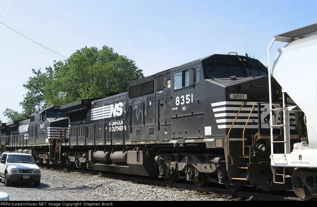 NS 8351/C40-8W
