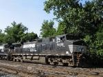 NS 9333 comes to a halt