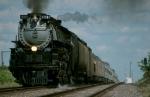 UP 3985 deadheading west to Kansas City
