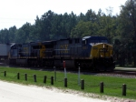 CSX #670 & 638