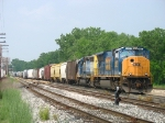 CSX 4807 & 8386 bringing Q326-01 through Lamar and into the yard
