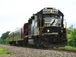 NS 5802 leading track geometry train 907