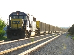 CSX 8570 pulling E848-09 into the siding to await Q335