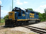 CSX 2654 rattling across Fuller diamond