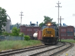 CSX 777 rounding the curve on the point of Q335-17