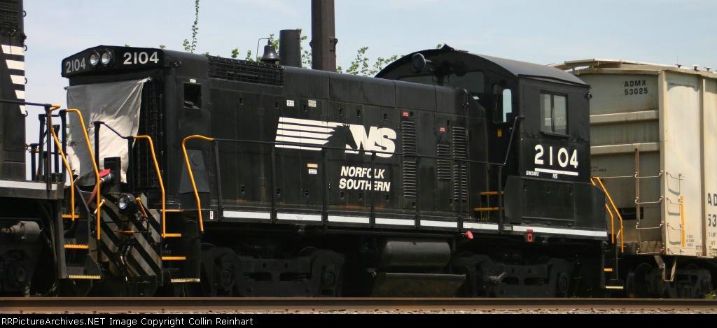 NS 2104
