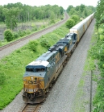 CSX 5272 Leads Autoracks West at 1:20 PM