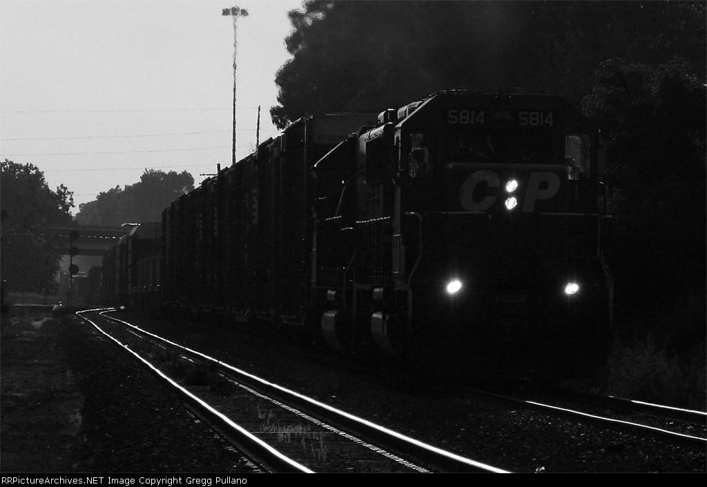 CP Rail 5814