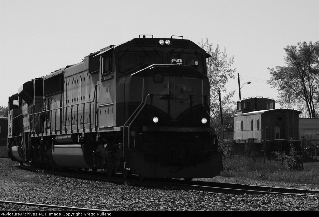 BN 9588 swings around the wye