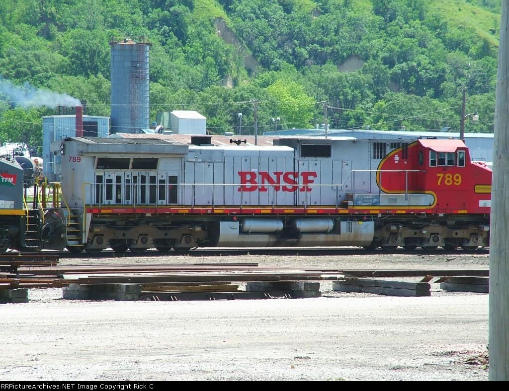 BNSF 789 Broadside View