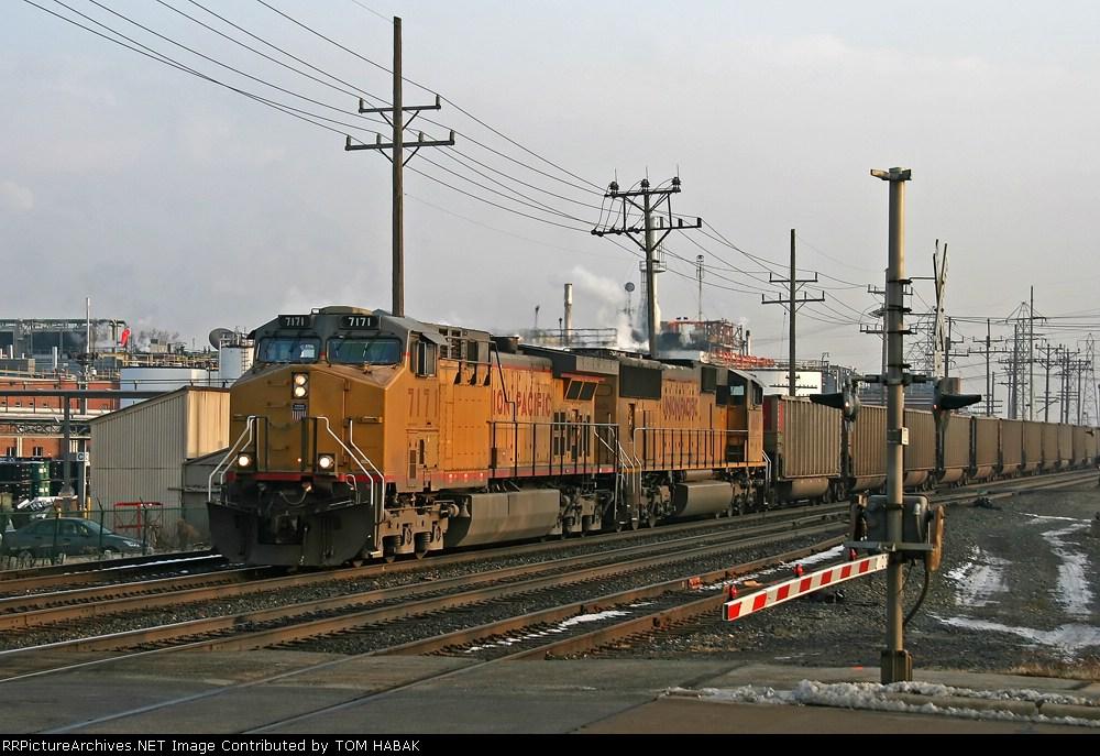 UP 7171 on CSX E958