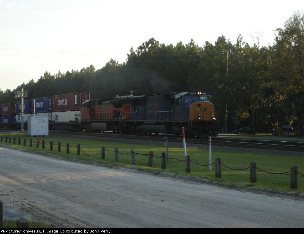 CSX #4745 & BNSF #4052