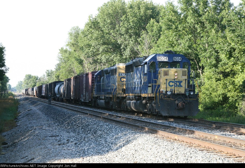 CSX 8034 & 8477 waiting for Amtrak in Wells Siding with Q326