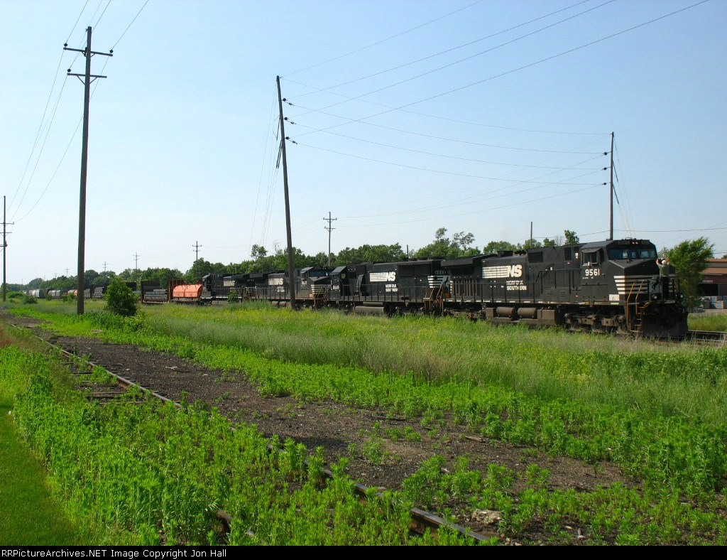 NS 9561, 6649, 9607 & 8772 being tied down on the point of 38J