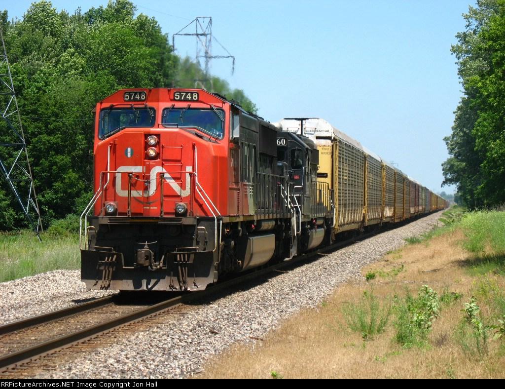 CN 5748 & IC 6260 pulling westward with M397