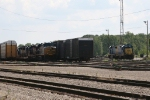 CSX 2209 & 6452 rest as 5499 sits nearby, after leading Q322 from Toledo, at the north end of McGrew Yard