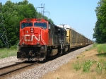 CN 5748 & IC 6260 pulling westward with M397