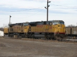 UP 8208 & 6834 sitting in the yard