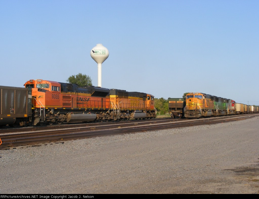 A coal load passing a coal empty in the CL yard