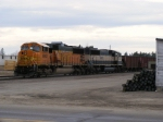 BNSF 8862 and BNSF 9463