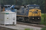CSX 9013 (Dash8-40CW) comes south to the howell wye